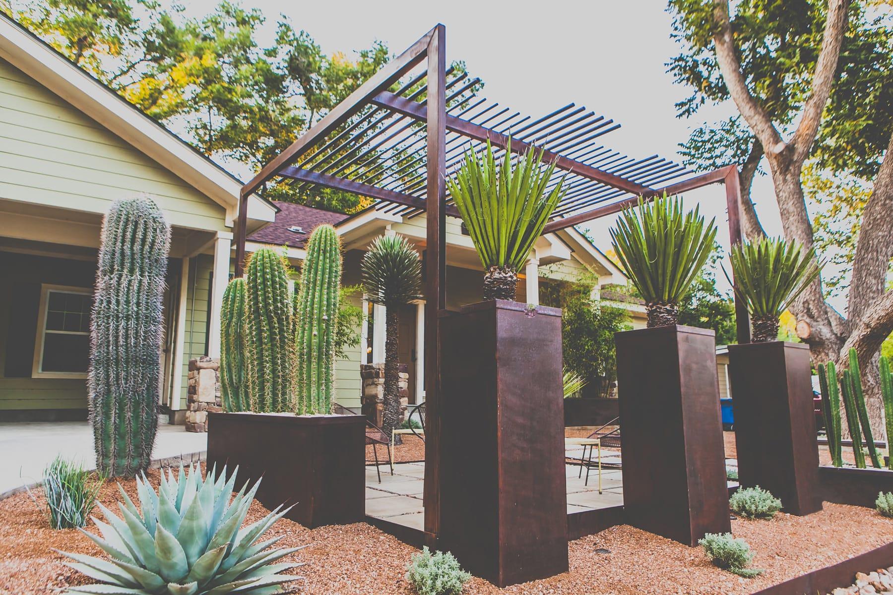 award-winning landscape design build by LUSH Greenscape Design portfolio photo
